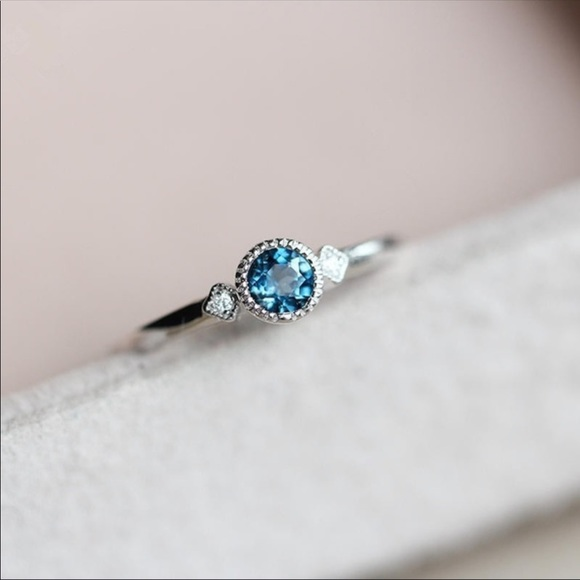 Jewelry - Brand New 925 Silver Sapphire Ring